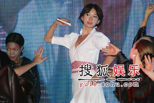 林志玲要学杨澜做智慧女性 为演小乔不再发嗲